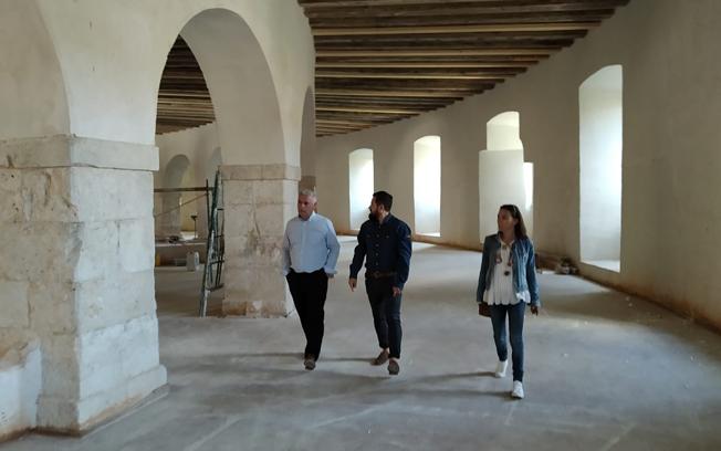 José Luis Vega y alcalde Brihuega abordan estrategias de colaboración en materia de turismo.