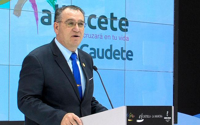 José Miguel Mollá, alcalde de Caudete (Albacete).