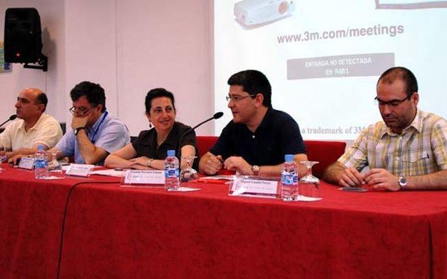 La vicerrectora del Campus de Ciudad Real y Cooperación Cultural (centro) ha inaugurado el curso.