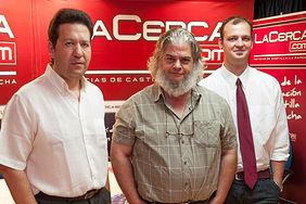 """De izquierda a derecha: Juan Carlos Tébar, gerente del Hotel Felipe II de Ayna, León Molina, director de marketing de """"El Cantero de Letur"""", Pablo Campillo, gerente de S.T. Spain."""